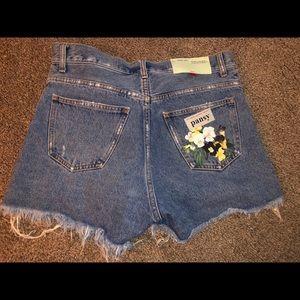 Off-White floral denim shorts size 26